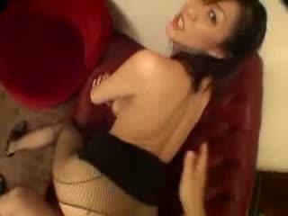 桜田由加里 勃起ペニスに跨りいやらしい言葉で悶えながら激しく腰を振り続ける淫乱熟女…